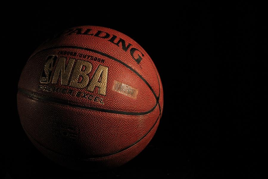 看场NBA球赛.jpg