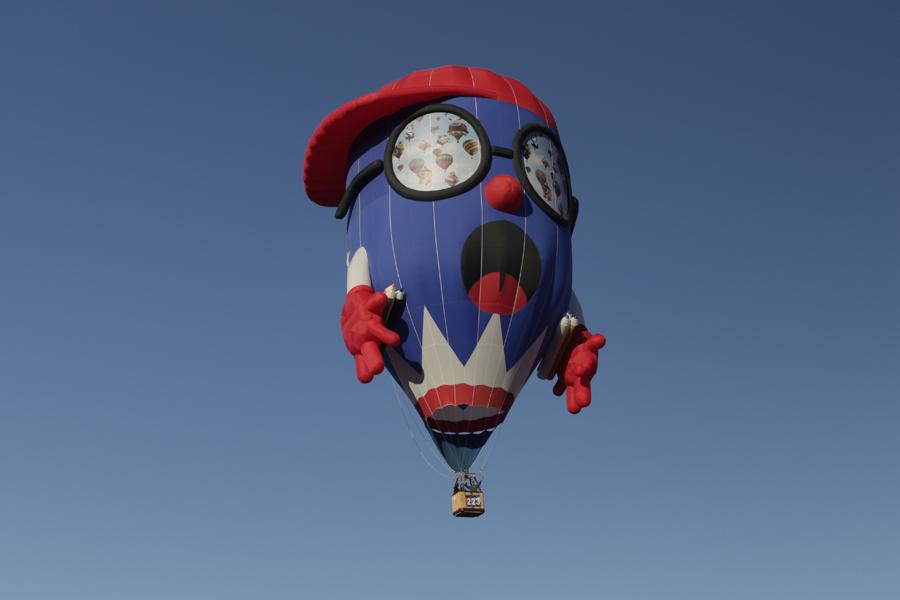厄堡乘热气球.jpg