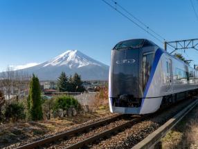 东京新宿可直达富士山啦!_日本自由行攻略_日本交通攻略
