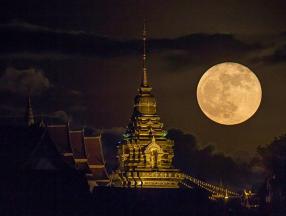 """元宵节来泰国赏""""超级月亮""""_泰国旅游_泰国自由行"""