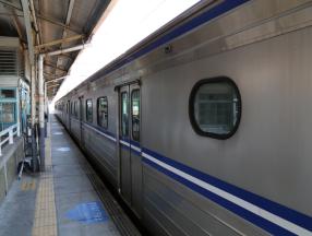 台湾交通十分方便,机场,高铁,台铁,捷运,出租车,观光巴士详细介绍。