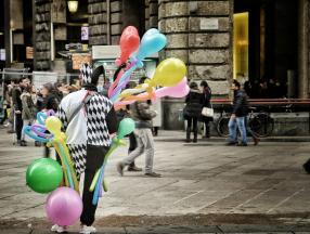 意大利旅游语言,电话卡,WIFI,穿衣指南,小费,风俗禁忌等详细介绍