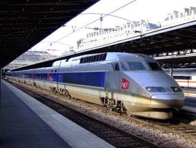法国飞机,火车,地铁,公交车,出租车,自助租车等交通方式详细介绍