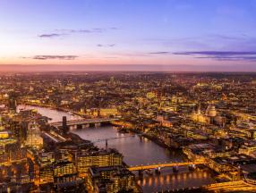 英国旅游必须体验的几个项目,伦敦,白金汉宫,约克大教堂等详细介绍