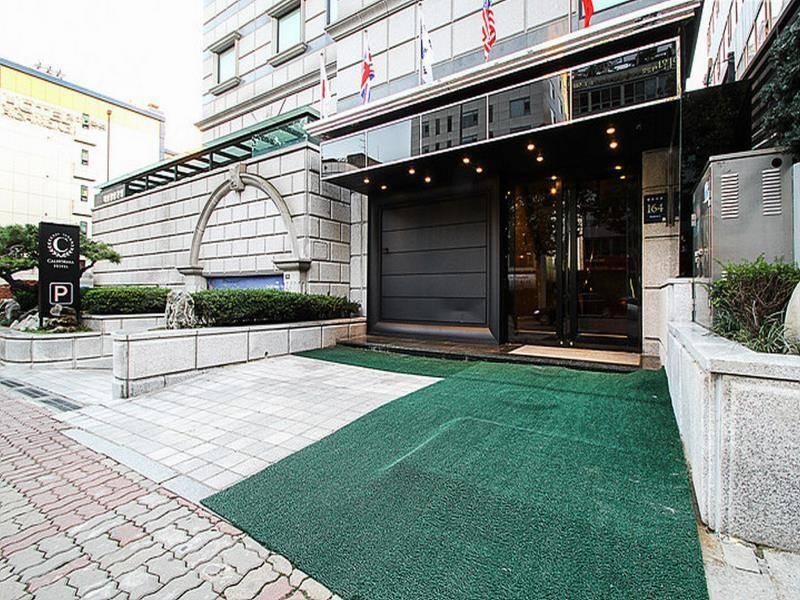 首尔江南加州酒店