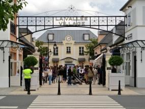 法国巴黎山谷购物村购物之旅(1日/半日可选)