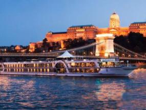 维也纳夜晚观光巡游(含晚餐)