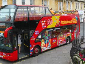 巴斯随上随下城市旅游观光巴士