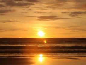 马来西亚兰卡威夕阳游艇落日巡航一日游