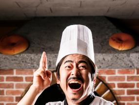 首尔汉江游船面包秀