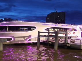 曼谷大珍珠号游轮夜游湄南河