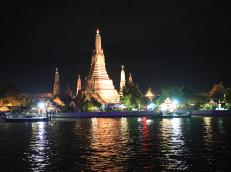 曼谷白兰花号游轮夜游湄南河