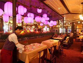 香港迪士尼乐园 Plaza Inn 广场饭店