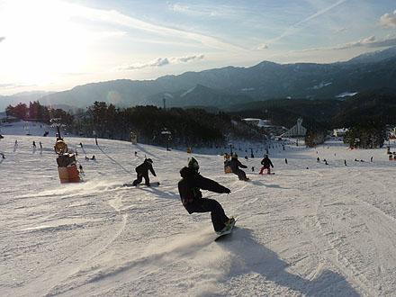 日本岐阜县鹫岳滑雪场